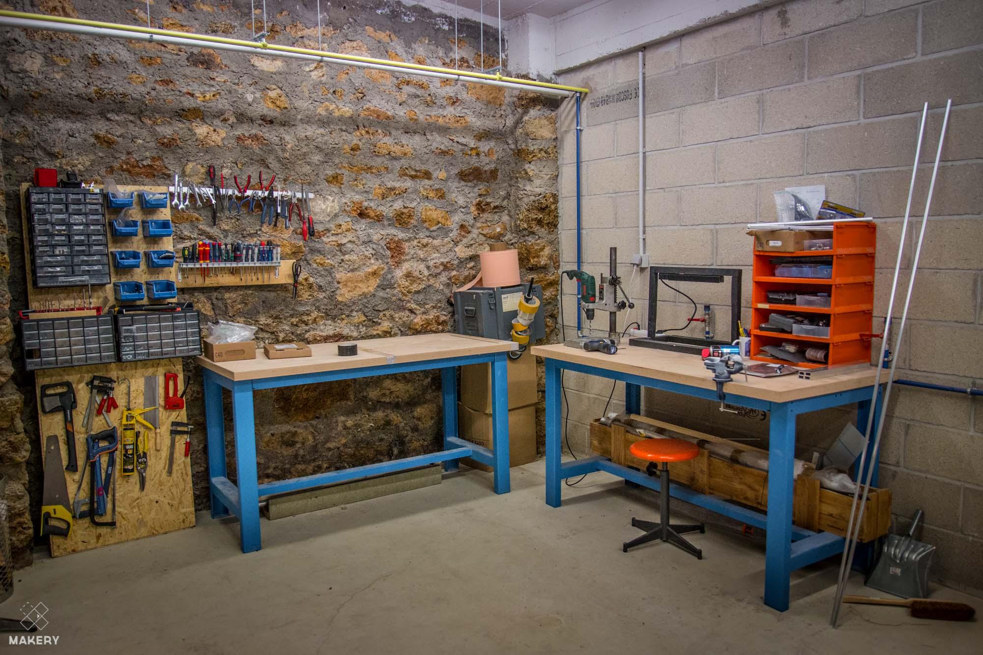 Les arts cod s la coloc des artisans num riques makery for Garage citroen pantin atelier