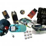 10 kits de prototypage sous le scan de Makery. © DR